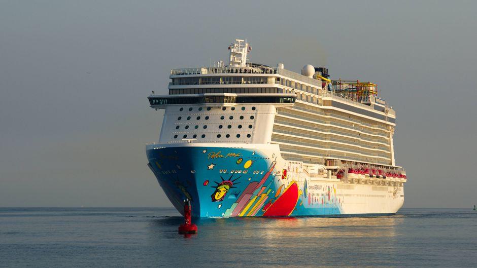 "Das Kreuzfahrtschiff ""Norwegian Breakaway""."
