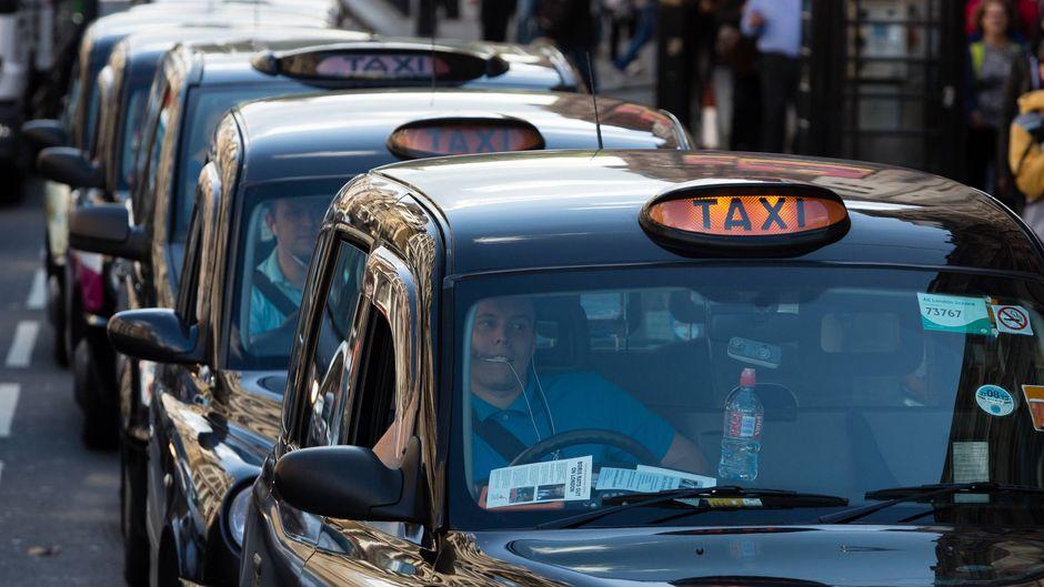 Uber wollte etwas mehr als 1.000 Euro für 16 Kilometer Fahrtstrecke haben. (Symbolfoto)
