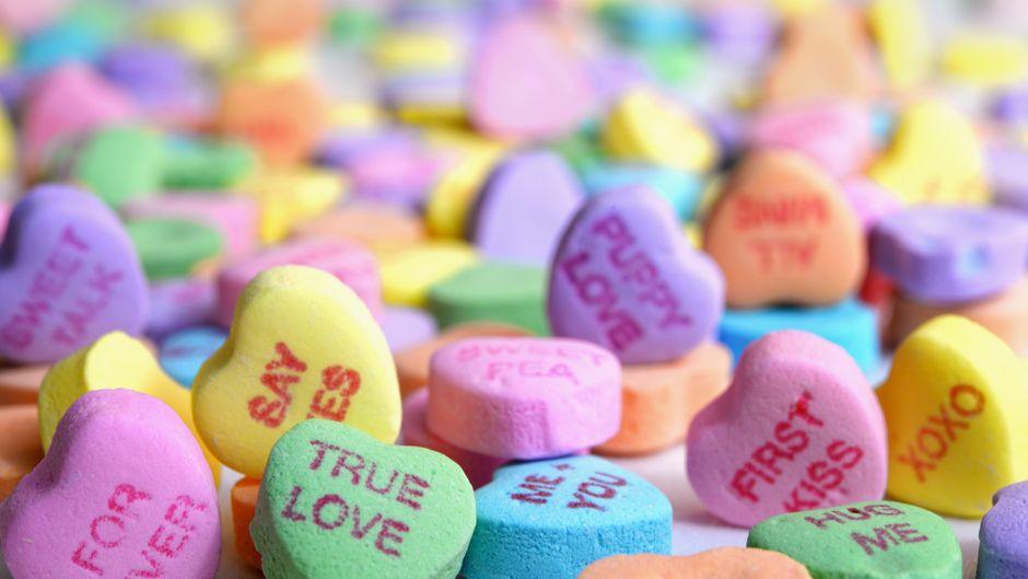 Manche mögen es am Valentinstag lieber bunt statt klassisch.