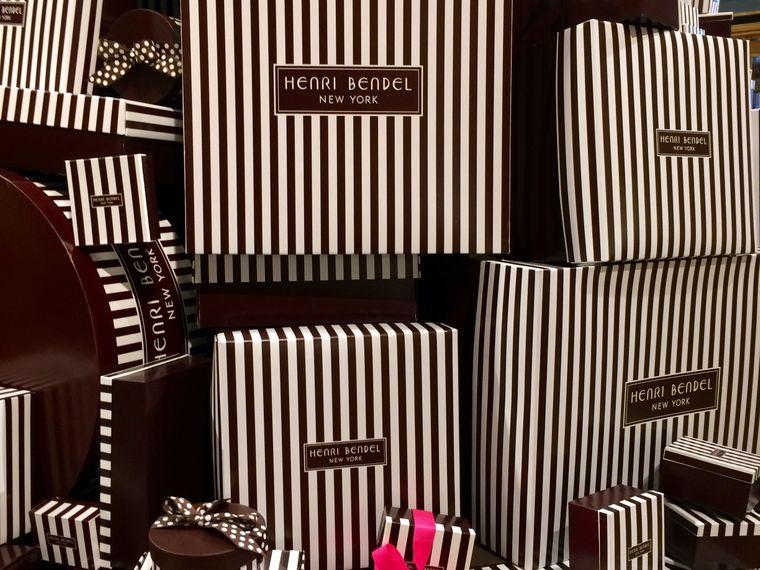 Schicke Schachteln von Henri Bendel.