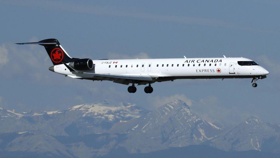 Ein Bombardier Q400 (DHC-8-400Q) von Air Canada.
