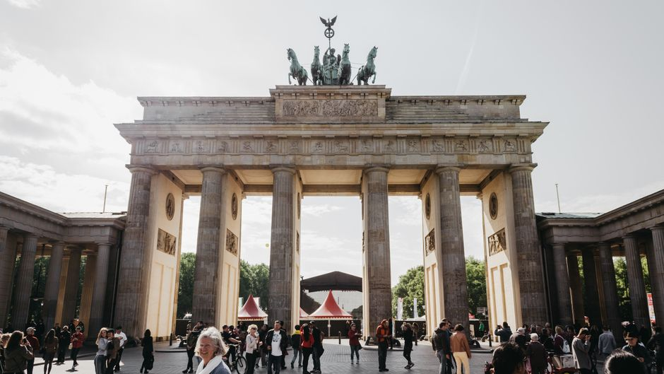 Willkommen in Berlin! Wenn du Sightseeing magst, bist du in unserer Hauptstadt genau richtig.