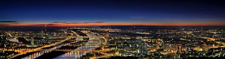 Wunderschön bei Nacht, der Platz eins: Wien.