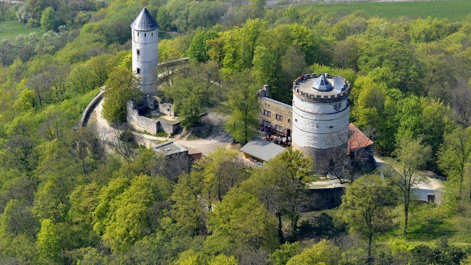 Die Burg Plesse von oben - ein lohnendes Ausflugziel.