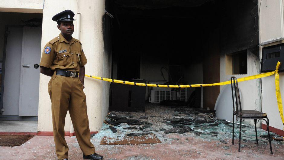 In Kandy in Sri Lanka kam es bei Unruhen zwischen religiösen Gruppen zu Anschlägen auf muslimische Geschäfte. (Symbolfoto)