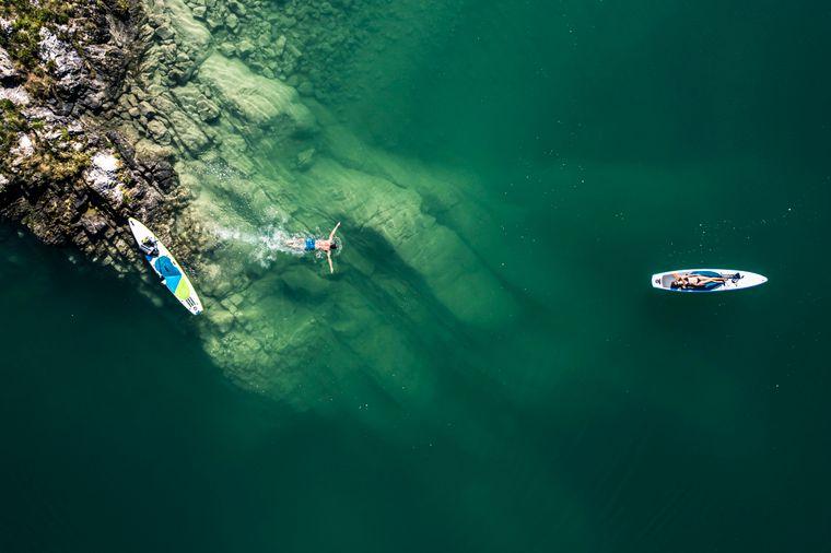 Der Walchensee hat einige Highlights für Taucher zu bieten, zum Beispiel diese gigantische Felswand.