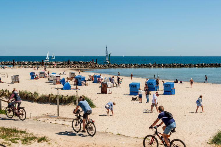 Auch im Ostseebad Damp an der Eckernförder Bucht in Schleswig-Holstein wird es in diesem Sommer voll.