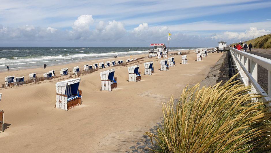 Strand auf der Insel Sylt an der Nordsee – dort sind die meisten Unterkünfte ausgebucht.