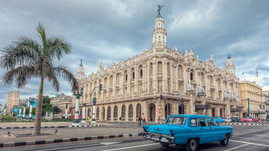 Das Gran Teatro de La Habana in Kubas Hauptstadt ist eine beliebte Sehenswürdigkeit.
