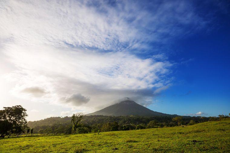 Der Vulkan Arenal in Costa Rica ist eine echte Naturschönheit.
