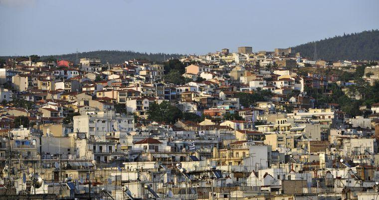 Stadtansicht: Das wohl bekannteste Bauwerk Thessalonikis ist die Akropolis.