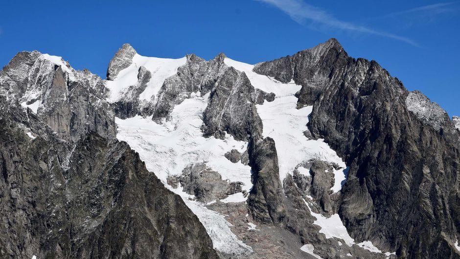 Der Planpincieux-Gletscher befindet sich an der Südseite der Grandes Jorasses, einem Berg im Mont-Blanc-Massiv in den Alpen, an der Grenze zwischen Frankreich und Italien. (Symbolfoto)