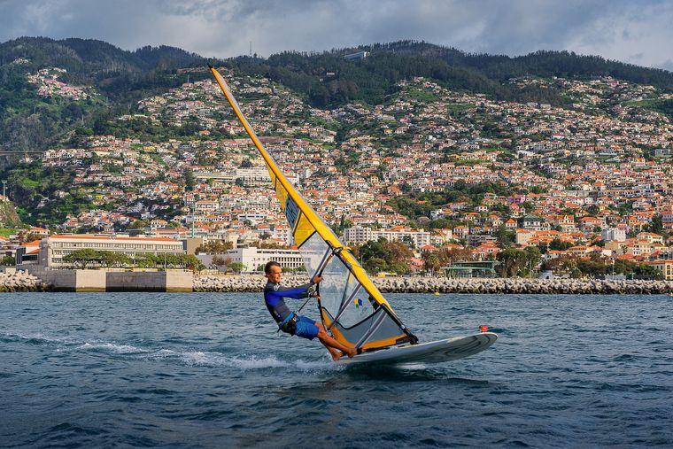 Ob auf oder unter Wasser: Madeira ist ein Eldorado für Wassersportler.