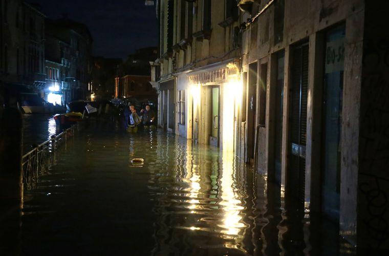Im Jahr 1966 erreichte das Hochwasser 194 Zentimeter – in der Nacht zu Dienstag erreichte es 187 Zentimeter.