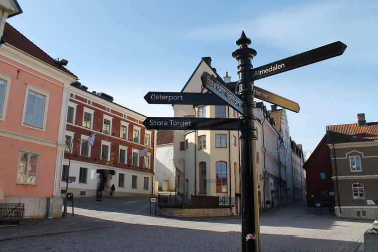 Stora Torget, der große Marktplatz im Herzen von Visby auf Gotland.