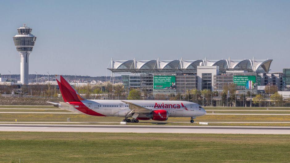 Eine Boeing von Avianca am Flughafen München: Droht der 100-jährigen Airline die Corona-Pleite?