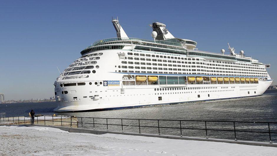 """Der Passagier ging mit Atemnot ins Bordkrankenhaus der """"Explorer of the Seas"""". (Symbolfoto)"""
