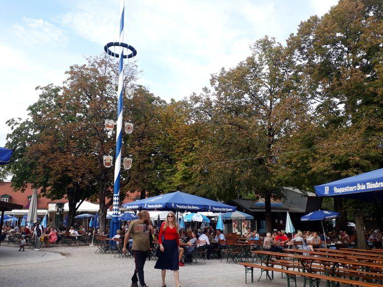 Der Königliche Hirschgarten ist einer der größten Biergärten Münchens und ist dabei dennoch gemütlich.