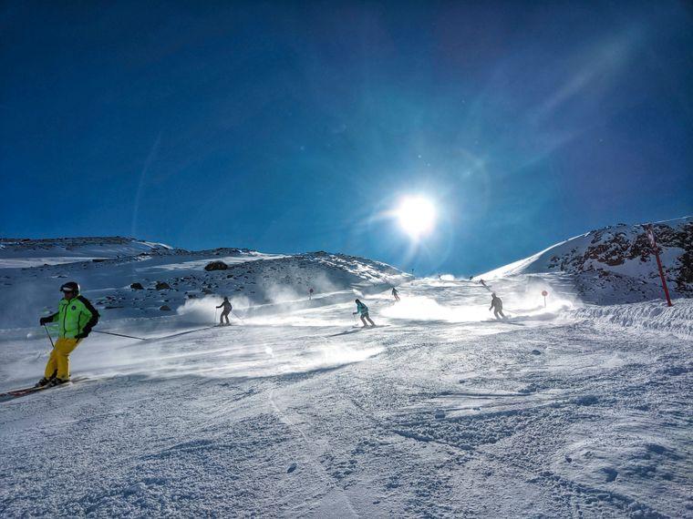 Am Stubaier Gletscher gibt es eine Schneegarantie – von Oktober bis Juni.