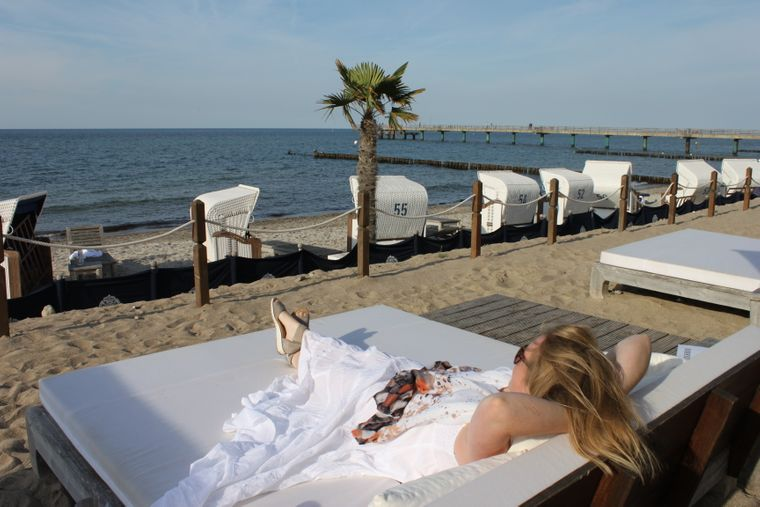 """Die """"White Night"""" findet direkt am Strand von Heiligendamm statt."""