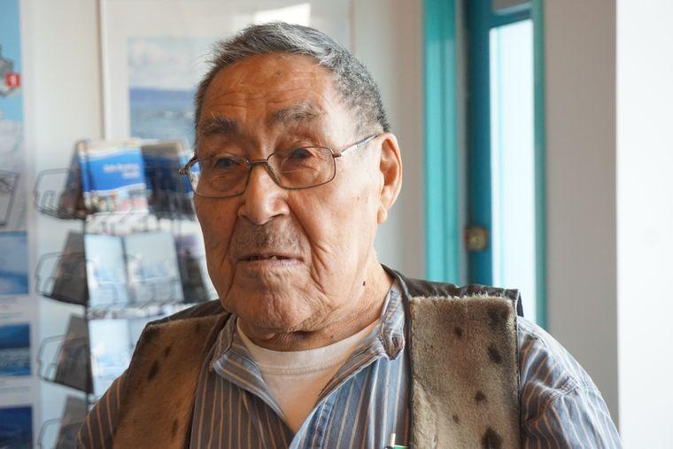 Panilo Sangoya (90), Inuit und Geschichten-Erzähler.