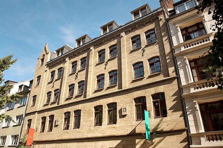 Die Fassade des Hopper et cetera im Belgischen Viertel.