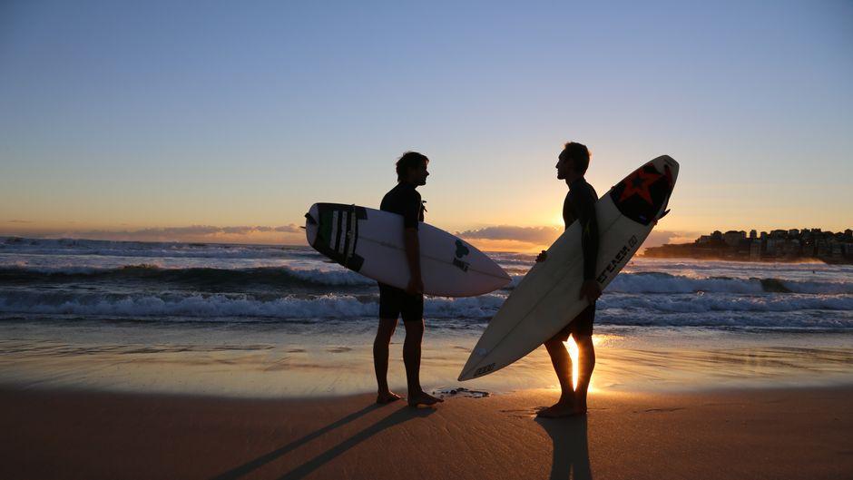 Homosexuelle Surfer müssen auch heute noch gegen Diskriminierung in der Surfszene kämpfen. (Symbolfoto)