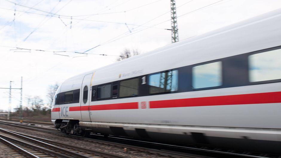 ICE-Zug der Deutschen Bahn.