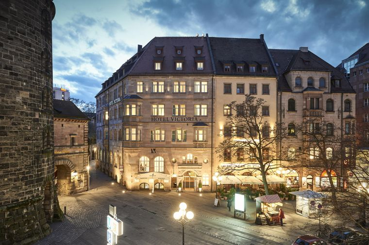 Frontansicht des Victoria Hotel Nürnberg