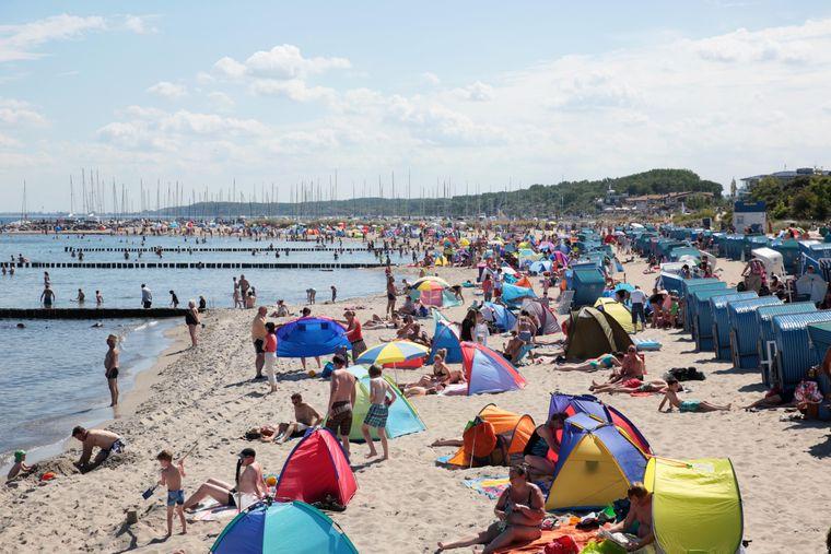 Der Strand von Kühlungsborn ist über vier Kilometer lang. Genug Platz für Strandabenteuer, Baden oder sportliche Aktivitäten!