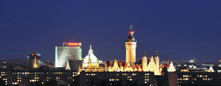 Leipzigs Stadthügel, der 153 Meter hohe Fockeberg, war ursprünglich eine Trümmer-Halde. Heute ist die einstige Kippe begrünt und bietet eine fantastische 360-Grad-Aussicht auf die Messestadt.