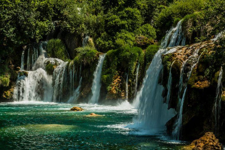 Die Wasserfälle im kroatischen Krka-Nationalpark locken Jahr für Jahr Abertausende Touristen.
