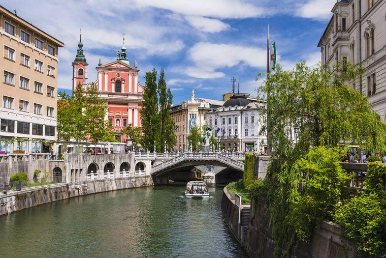 Leben am Fluss: In Sloweniens Hauptstadt spielt die Ljubljanica eine große Rolle.v