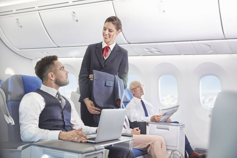 Zum Flirt mit den Flugbegleitern kommt es eher selten. (Symbolfoto)