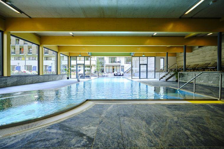 Schwimmbad im Sonnenresort Ettershaus.