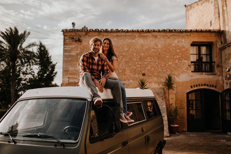 Alexander und Jill-Catrin wollen Urlaubern das ursprüngliche Mallorca zeigen.