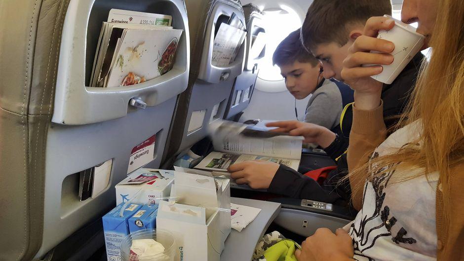 Erschreckend: Anderthalb Kilo Müll hinterlässt der durchschnittliche Passagier pro Flug.