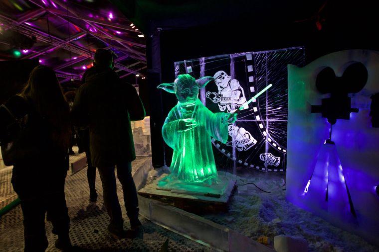 Eisskulptur des Meister Yoda beim Eisskulpturen Festival in Amsterdam.