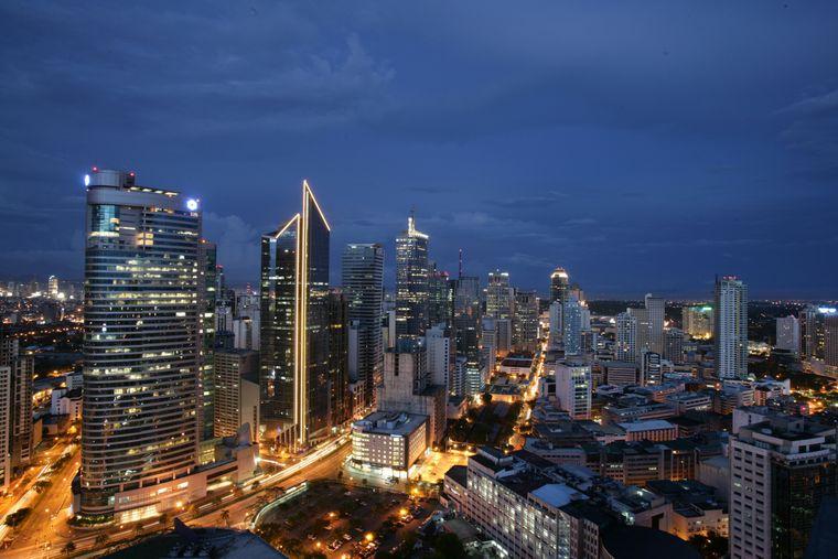 Die 13-Millionen-Einwohner-Metropole Manila ist eine hochmoderne Hauptstadt.