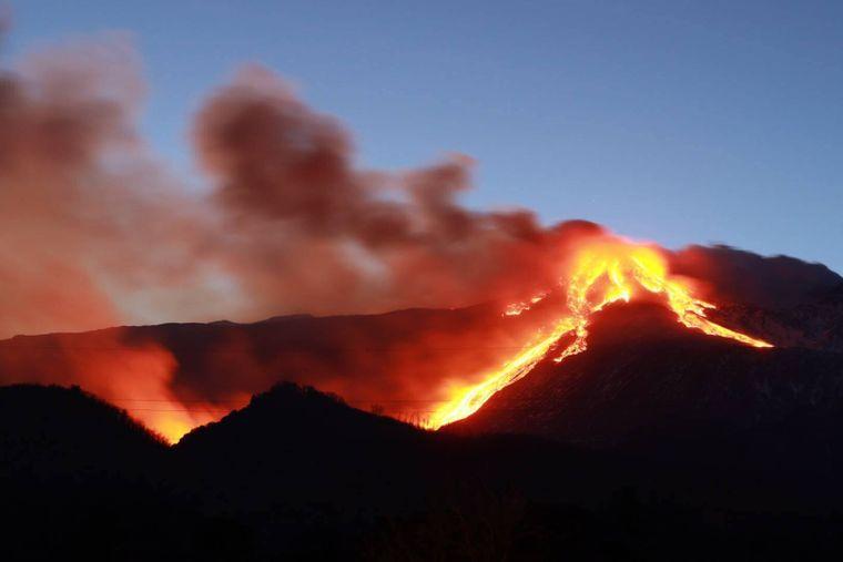 Der Ausbruch am 16. Februar 2021 war spektakulär – der Ätna spuckte jede Menge Lava.