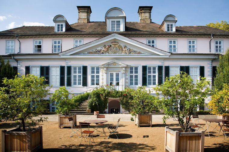 Bei Führungen haben Besucher die Chance auch die historischen Räume von Schloss Pyrmont zu erkunden.