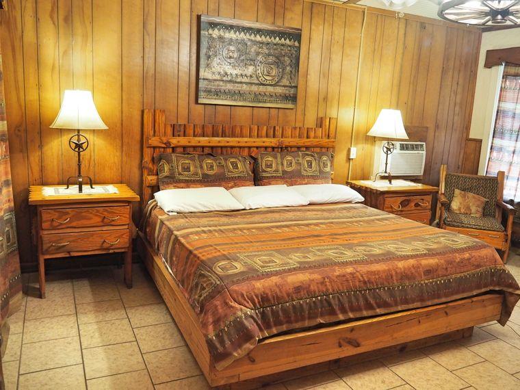 Zimmer auf der Mayan Ranch.
