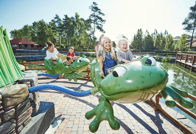 Im Djurs Sommerland gibt es insgesamt 60 Fahrgeschäfte – viele Möglichkeiten zum Spaßhaben.