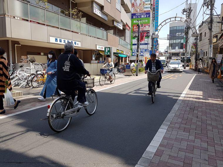 Immer mehr Radler sind in der japanischen Hauptstadt unterwegs.