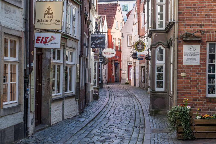 Radle durch das Schnoorviertel in Bremen.