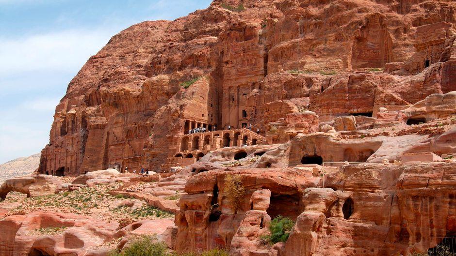 Nabatäisch-korinthische Grabanlage, eine archäologische Stätte in Petra, Jordanien.