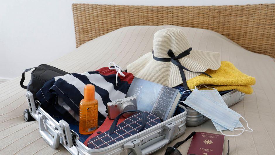 Kofferpacken ist je nach Reiseziel gar nicht so einfach ... (Symbolbild)