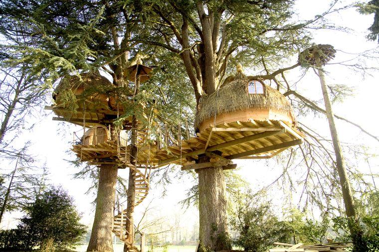 Dieses Familien-Baumhaus findest du in Epiniac.