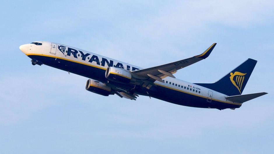 Die Ryanair-Flugzeuge werden auch nach dem Brexit am 29. März 2019 weiterhin von und nach Großbritannien fliegen.