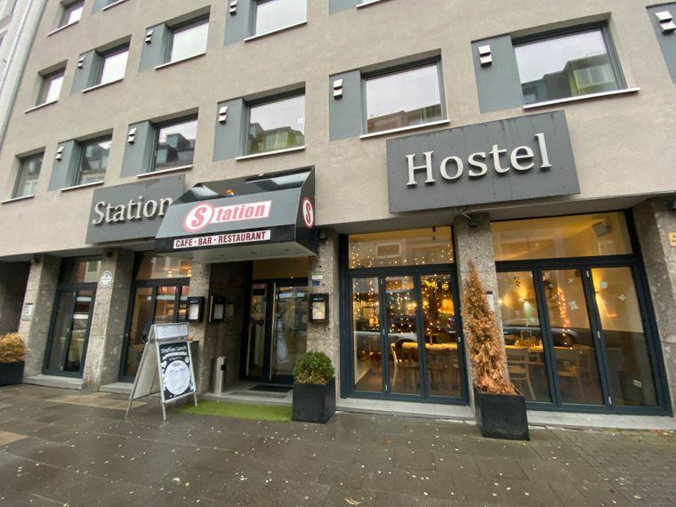 Nur drei Laufminuten entfernt vom Kölner Dom befindet sich das beliebte Backpackers Hostel.
